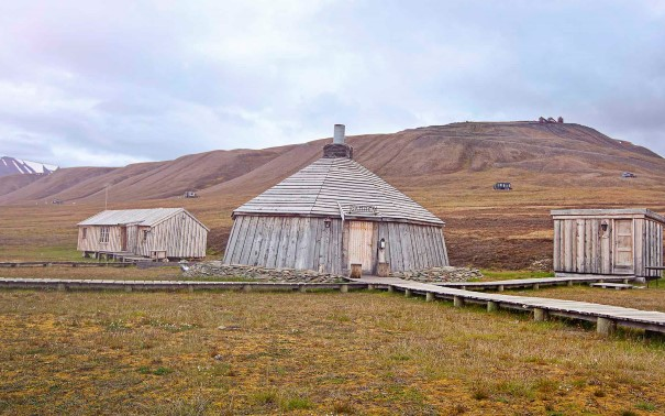 Camp Barentz surrounded by beautiful nature, Adventdalen, Svalbard